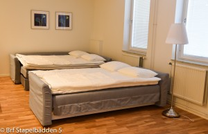 Bäddat med 4 sängplatser (2 x 140 cm)