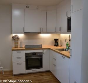 Fullt utrustat modernt kök